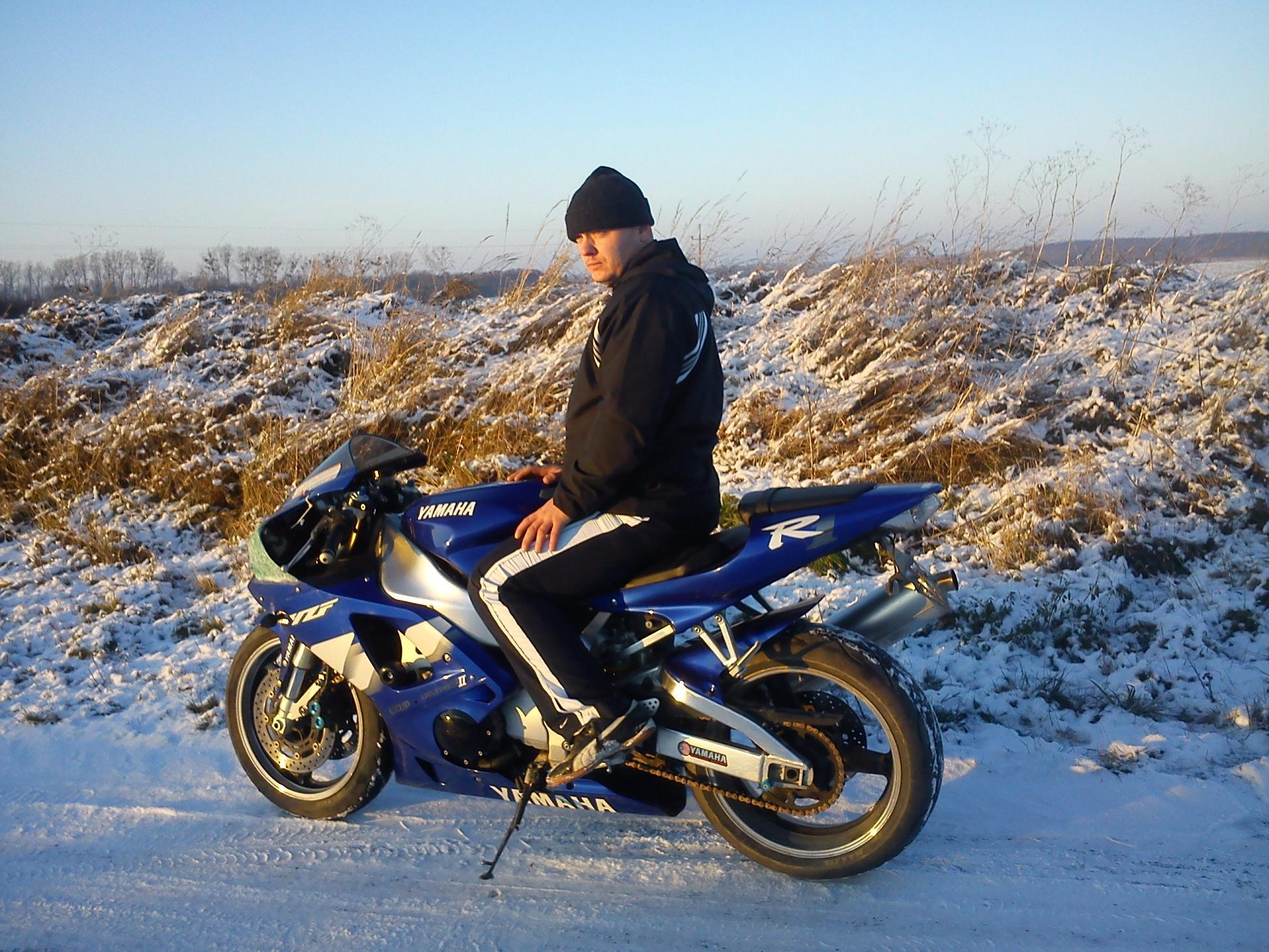 Yamaha R1 Rn04